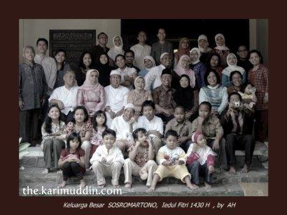keluarga besar sostromartono