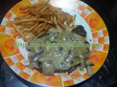 Sirloin Steak Saus Jamur