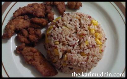 Nasi Butter Kornet Jagung dan Ayam Goreng Cabai